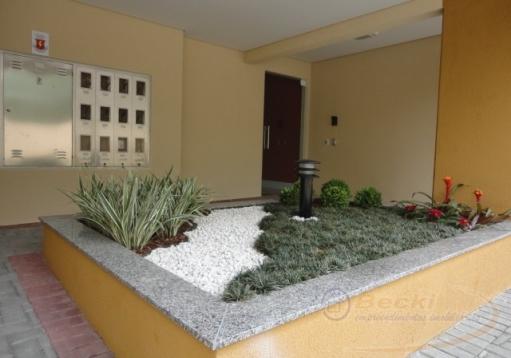 Apartamento no Saguaçu